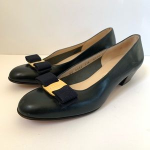 Salvatore Ferragamo Shoes - Salvatore Ferragamo Vara Navy Blue Bow Heel 6.5 B
